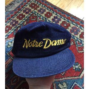 Other - Vintage Notre Dame hat